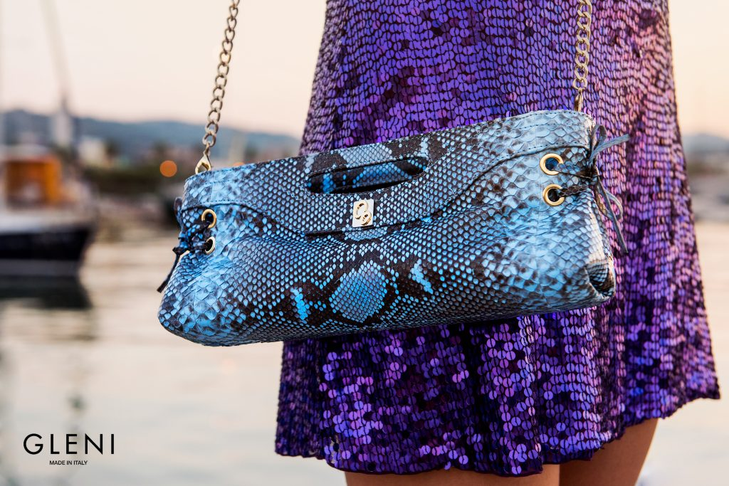 Pochette for party season