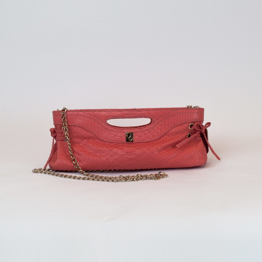 Pink pochette for summer