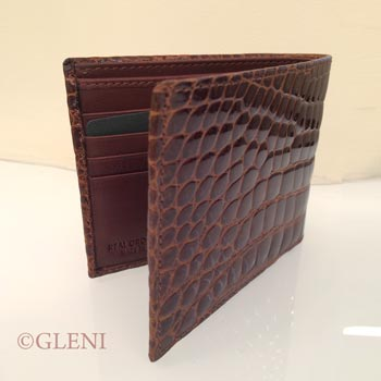 Wallet in crocodile for man