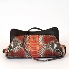 "pochette ""la classica"" in genuine papaya python"