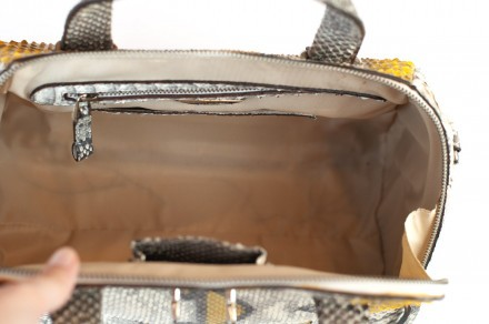 Trapezoidal duffel bag in real yellow and gray python GLENI