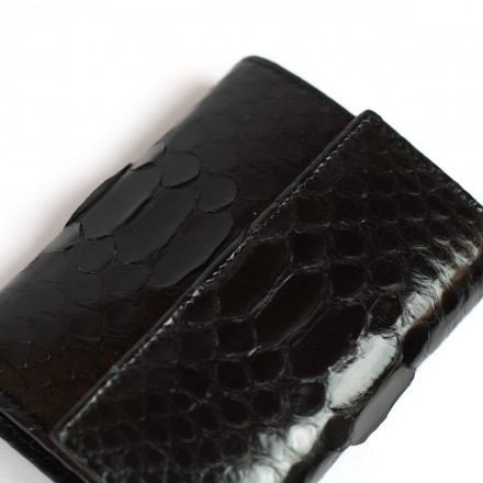 Small wallet in genuine shiny black python leather by GLENI
