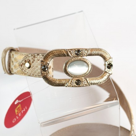 Golden belt with precious jewel-buckle from GLENI