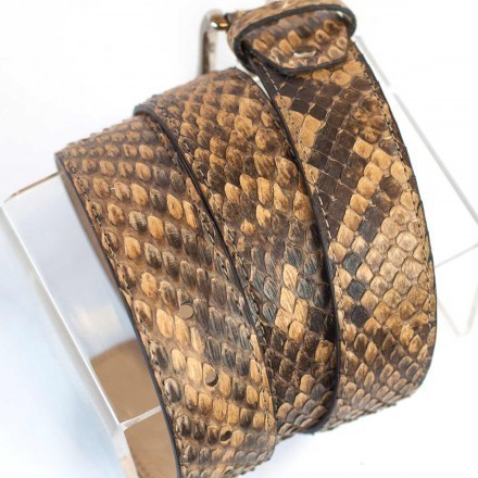 Belt in genuine front cut reticulated python
