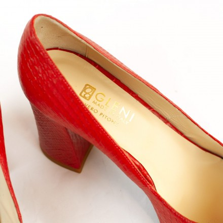 Shoes for women made in Italy