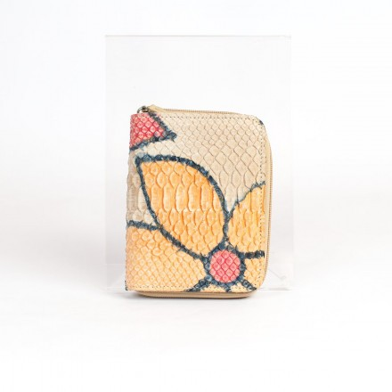Woman wallet in genuine python leather