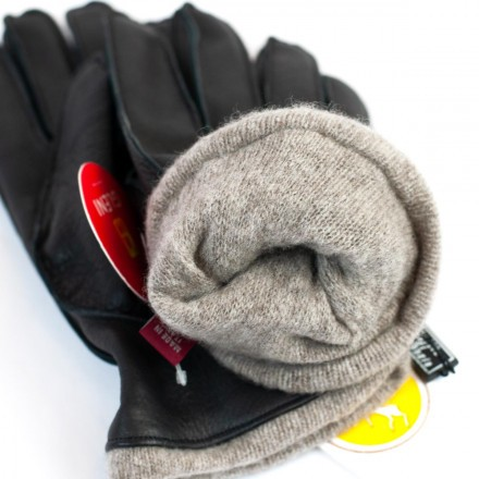Soft cashmere gloves for men