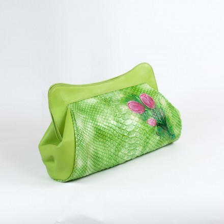 "Clutch ""La Classica"" in green python leather with painted flowers and leather inserts"