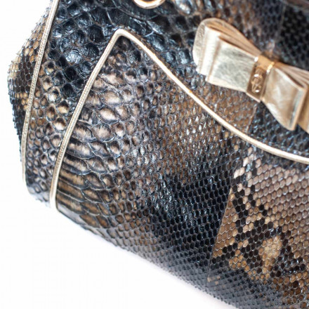 Details of genuine python leather in forest black colour by GLENI